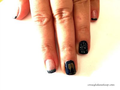 Nail art: Happy new year