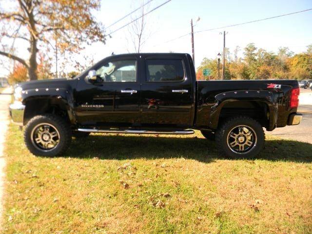 2013 lifted Chevy Silverado  cars amp trucks  by owner