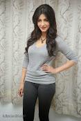 Shruti Haasan Gorgeous Photos at Yevadu Success Meet-thumbnail-15