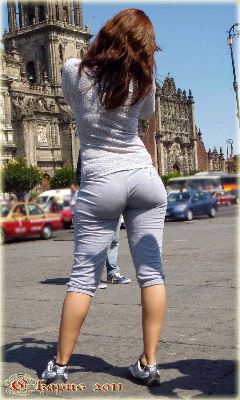 Hot girl in yoga pants | Voyeur en la calle