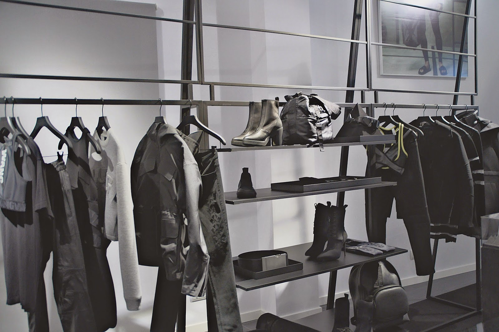 Alexander Wang x H&M, showroom Barcelona, sporty chic