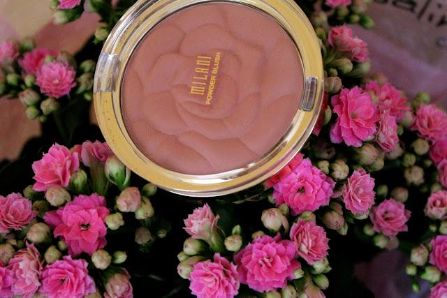 http://cosmetic-madness.blogspot.com/2015/05/romantic-rose-de-milani-je-taime-un-peu.html