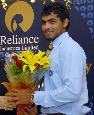 Ravindra Jadeja Wiki & Photos