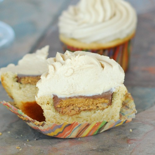 Becky Bakes shared these Peanut Butter Cup Cupcakes that are calling ...