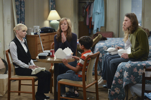 Mom - Episode 2.02 - Figgy Pudding and the Rapture - Press Release