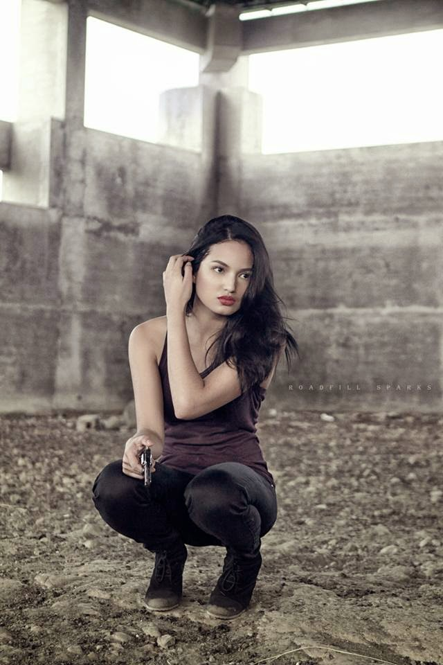 sarah lahbati sexy pics 02