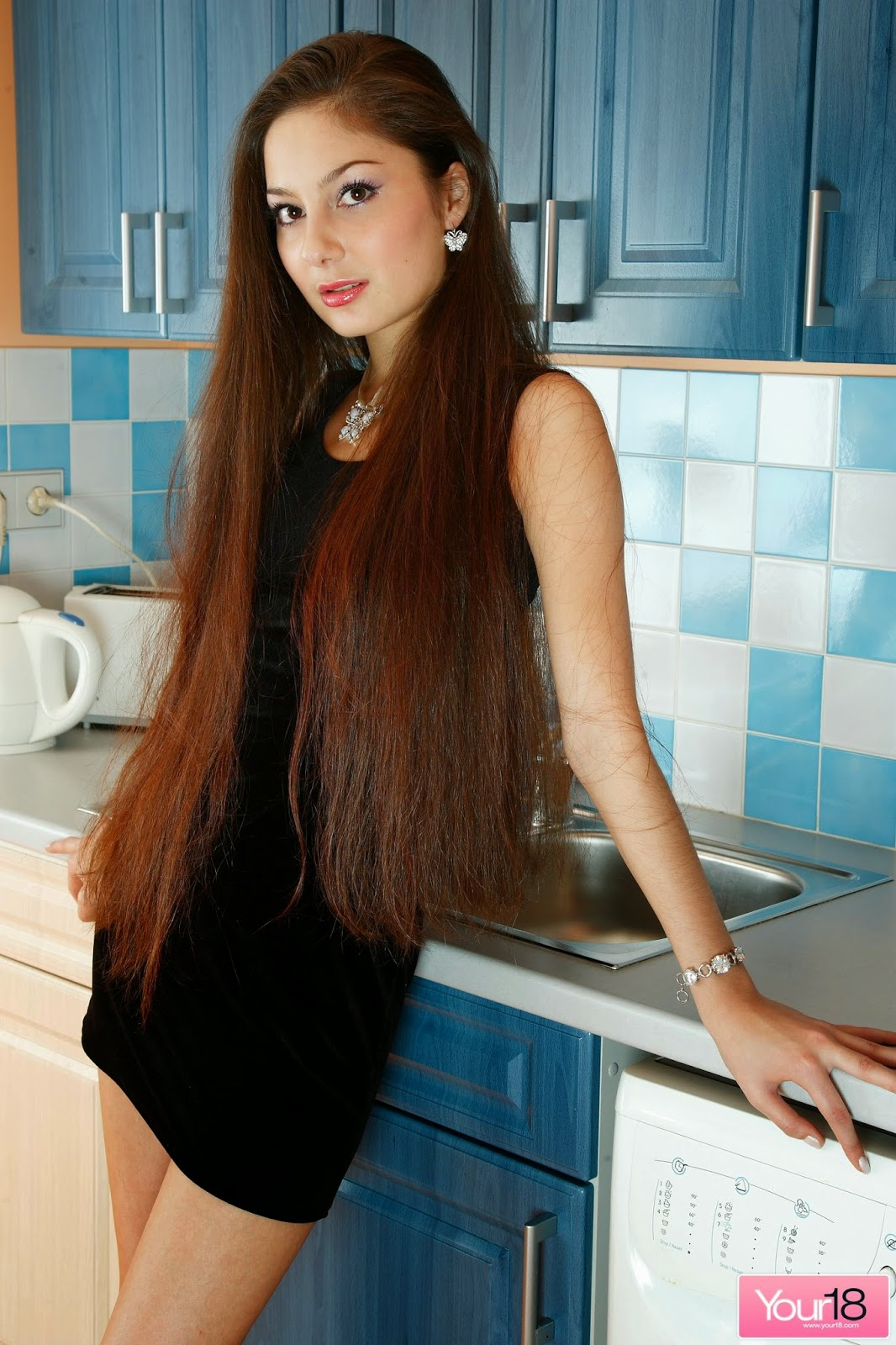 hof asian personals Asian singles and personals on the best asian dating site meet single asian guys and asian women find your mr right or gorgeous asian bride right now.