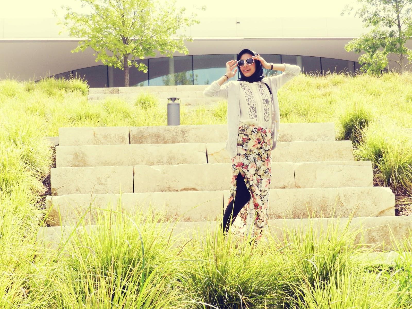 hijab ootd, hijab fashion blog, muslim fashion blog, floral maxi skirt
