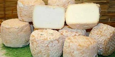 http://www.conexaoparis.com.br/2014/08/10/vale-loire-e-seus-famosos-queijos/