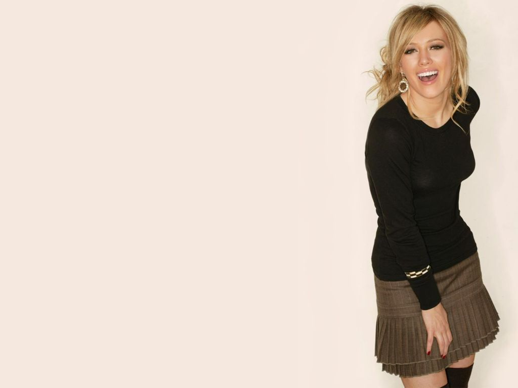 http://2.bp.blogspot.com/-Wp65-TAwRrA/Tafj4rcIrzI/AAAAAAAADkc/aA7PqYeiNYw/s1600/Hot+Hilary+Duff+Pictures.JPG