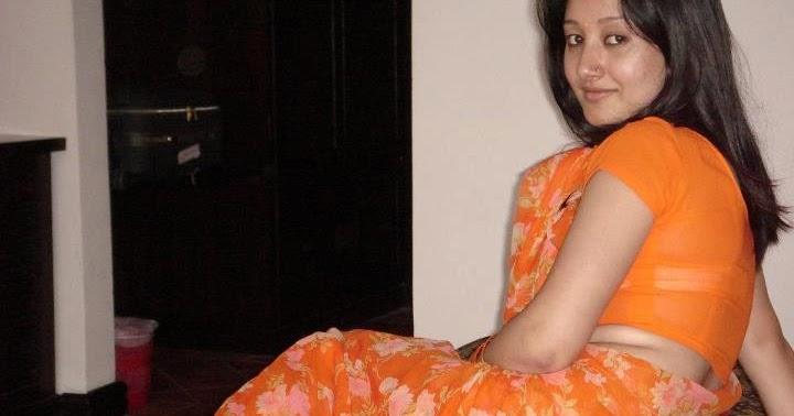 Bangladeshi Meyeder Modern Pose ((((: Sobai Bole Bah!! Ki