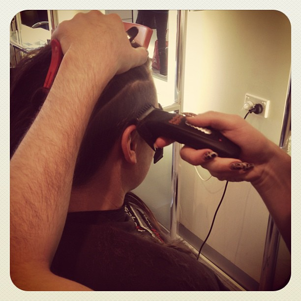 Women getting clipper haircuts videos newhairstylesformen2014 com