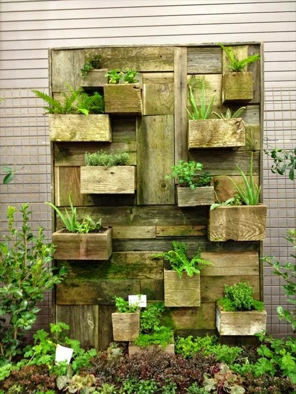 Ma Maison Au Naturel Une Palette Pour Un Jardin Vertical