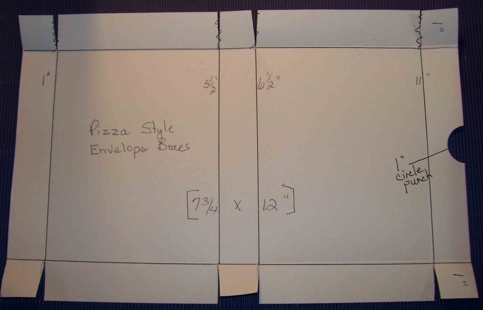 Pizza Box Template http://craftymariasstampingworld.blogspot.com/2011/06/box-envelopes-for-bulky-or-3d-cards.html