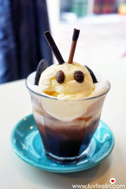 CAFFEiNATED Puchong Dark Chocolate Float