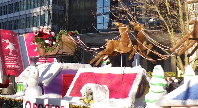 Santa Claus Parade, Vancouver, 2011