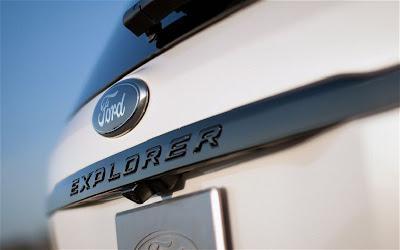 2013 Ford Explorer.