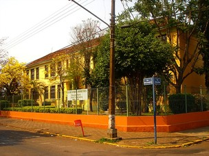 Prdio da Escola Estadual Onofre Pires, em Santo ngelo (Foto: Divulgao/Escola Estadual Onofre Pires)