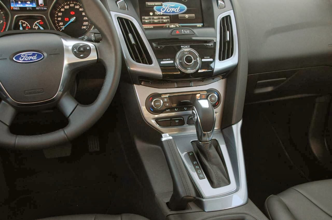 Novo ford focus hatch 2014 interior console central