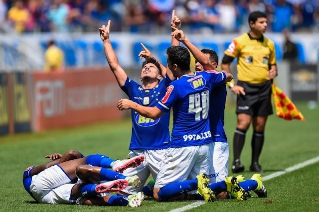 Respeita o moço: Willian brilha e Cruzeiro goleia o Figueirense
