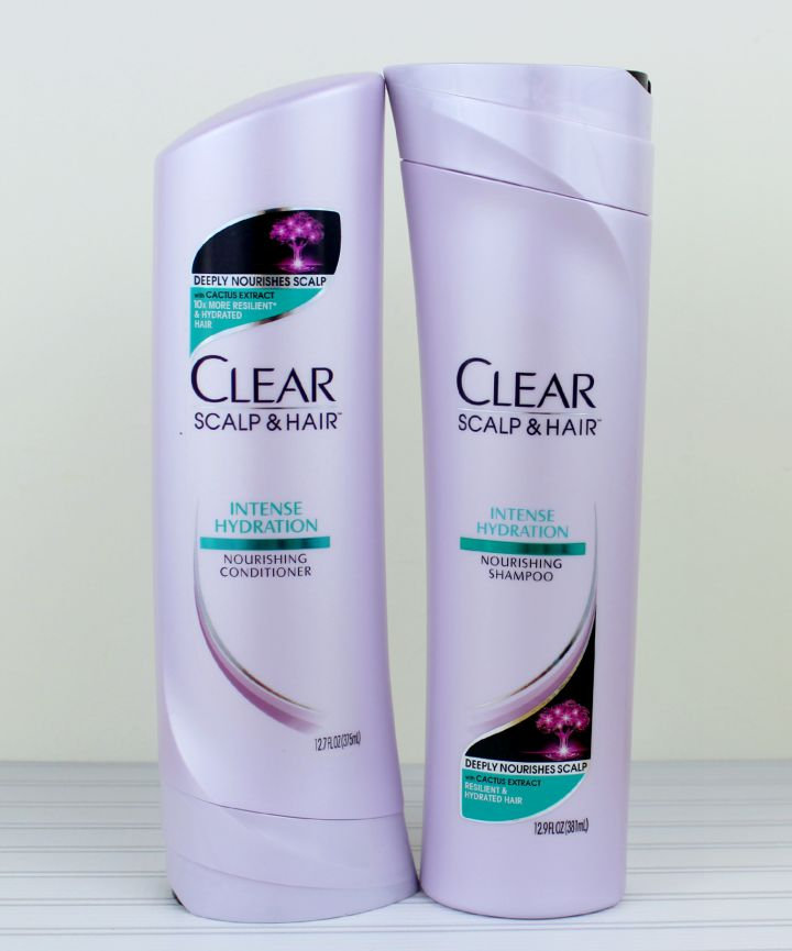 CLEAR SCALP & HAIR™ Intense Hydration Nourishing Shampoo and Nourishing Daily Conditioner