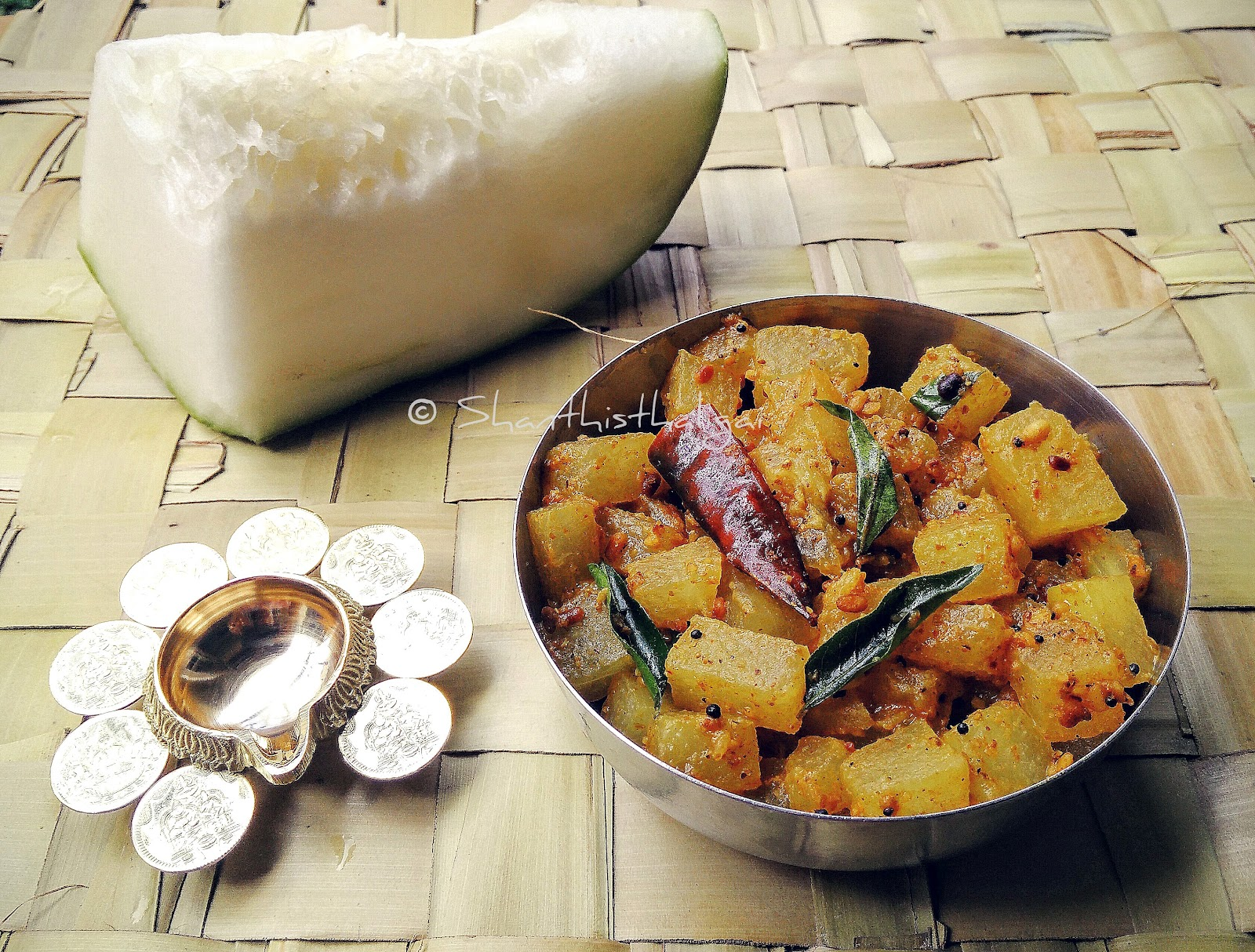 Mutt style pooshanikkai karamudhu