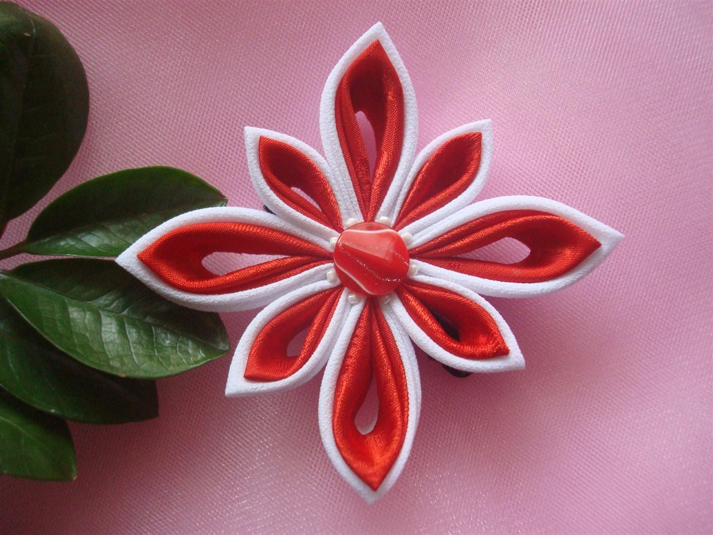 Beautiful Tsunami Kanzashi Flowers