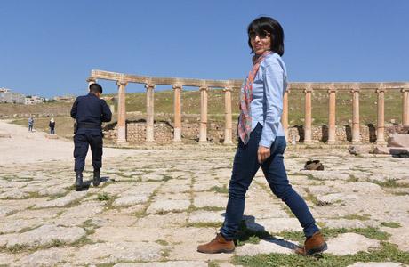 Caminando por la ruinas de Gerasa