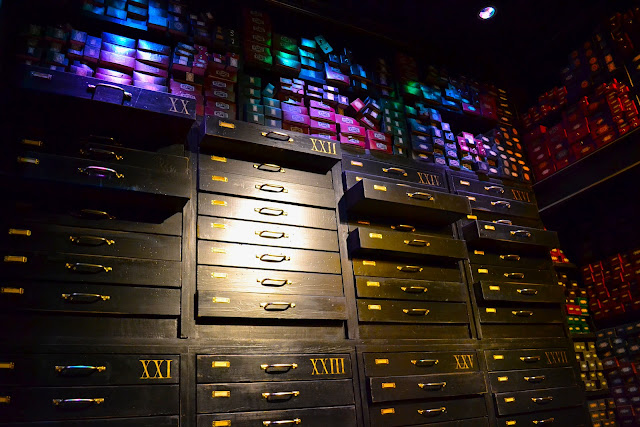A picture of the wand room in the Harry Potter Studio Tour