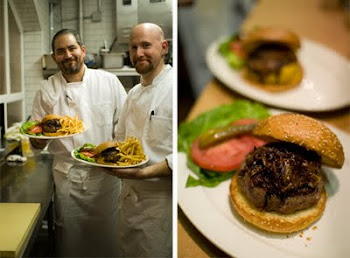 MINETTA TAVERN'S BLACK LABEL BURGER