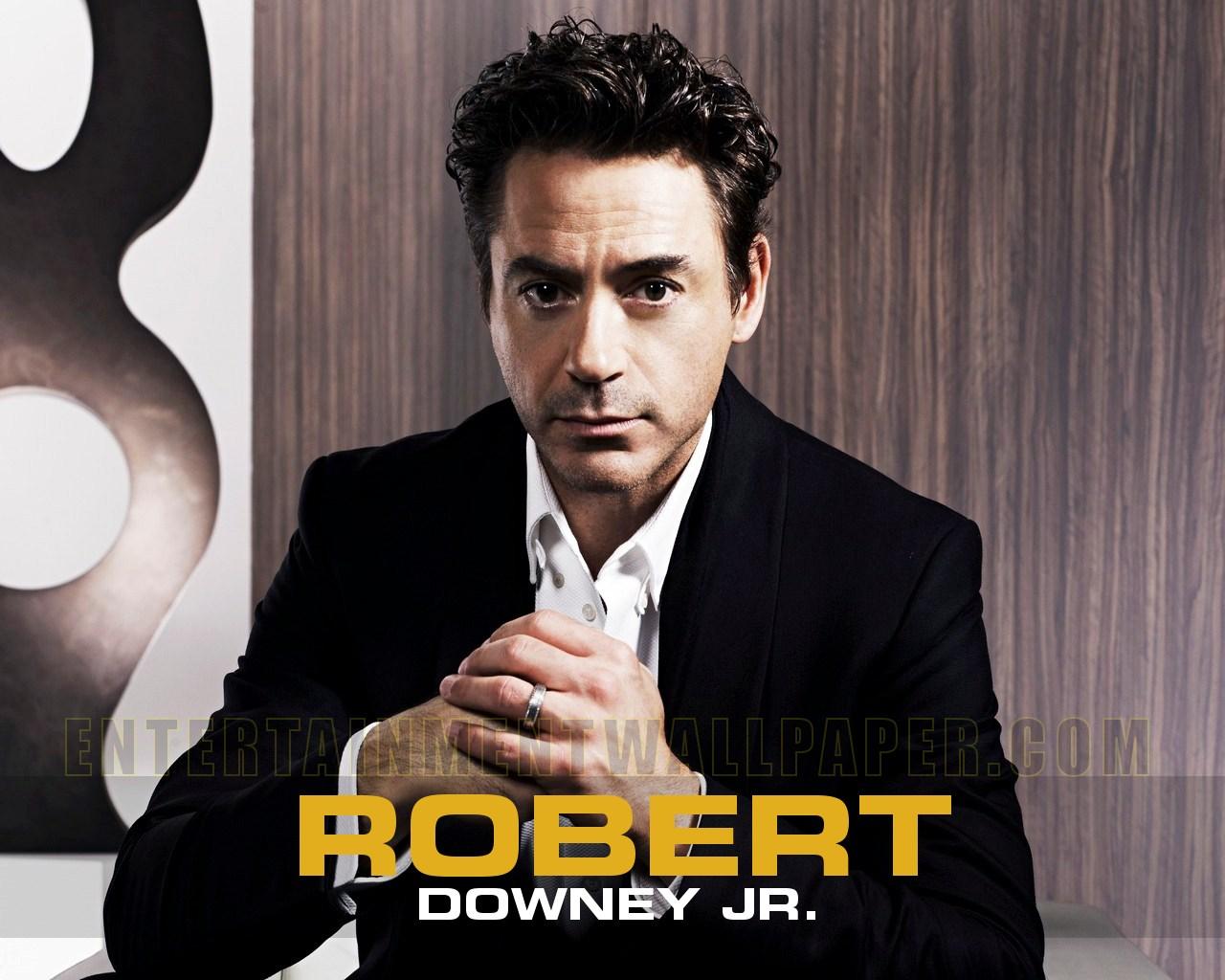 http://2.bp.blogspot.com/-WqW8W-JVQ2w/UC0qj17szAI/AAAAAAAAKCA/YfoAJwgckAk/s1600/Robert-Downey-Jr-iron-man-3-marvel.jpg