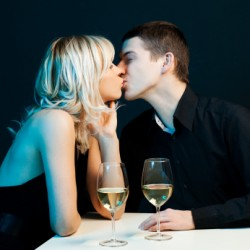 Dating tips for men first kiss