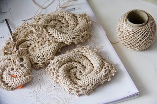 Granny ou carré de crochet avant assemblage