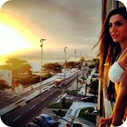 Kelly Baron nasceu em Curitiba, que fica no estado do Paraná, . (foto kelly baron apartamento posando)