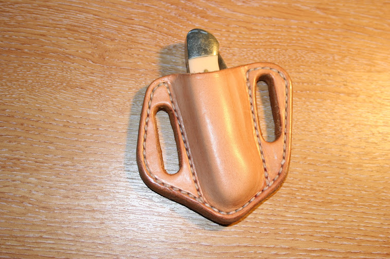'Pancake' sheath for canoe style penknife