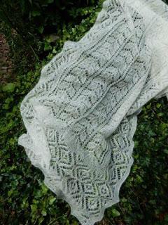 TE KOOP: kidsilk wol met zijde ecru sjaal