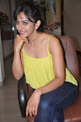 Rakul Preet Singh latest photos-thumbnail-18