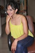 Rakul Preet Singh latest photos-thumbnail-18