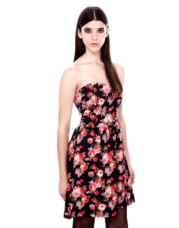 straplez , çiçek desenli kısa mini gece elbisesi