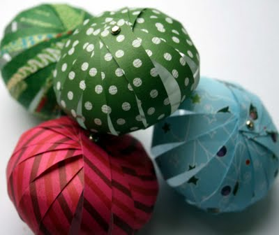 The creative place tuesday tutorial paper lantern ornaments for Paper lantern tutorial
