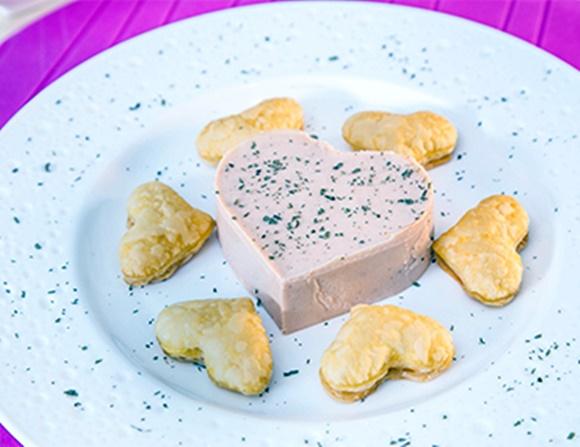 Mousse De Salmon Con Corazones