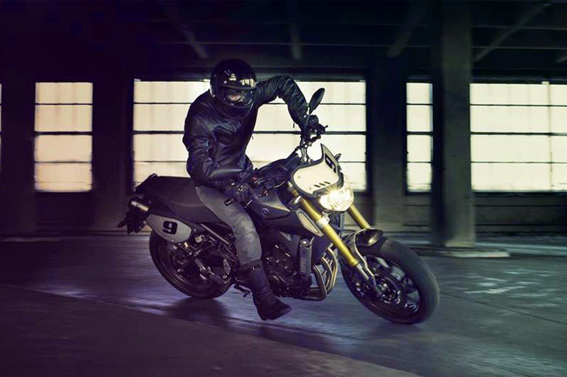 Galeri Photo New Yamaha MT-09 Street Tracker Terbaru