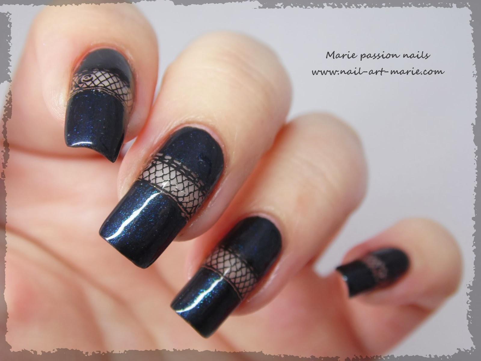 Nail art bande de résille6