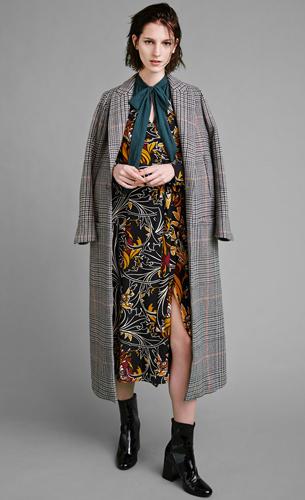 Zara abrigo vestido largo estampado