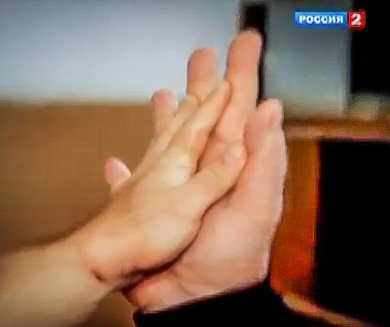 denis cyplenkov hands - photo #13