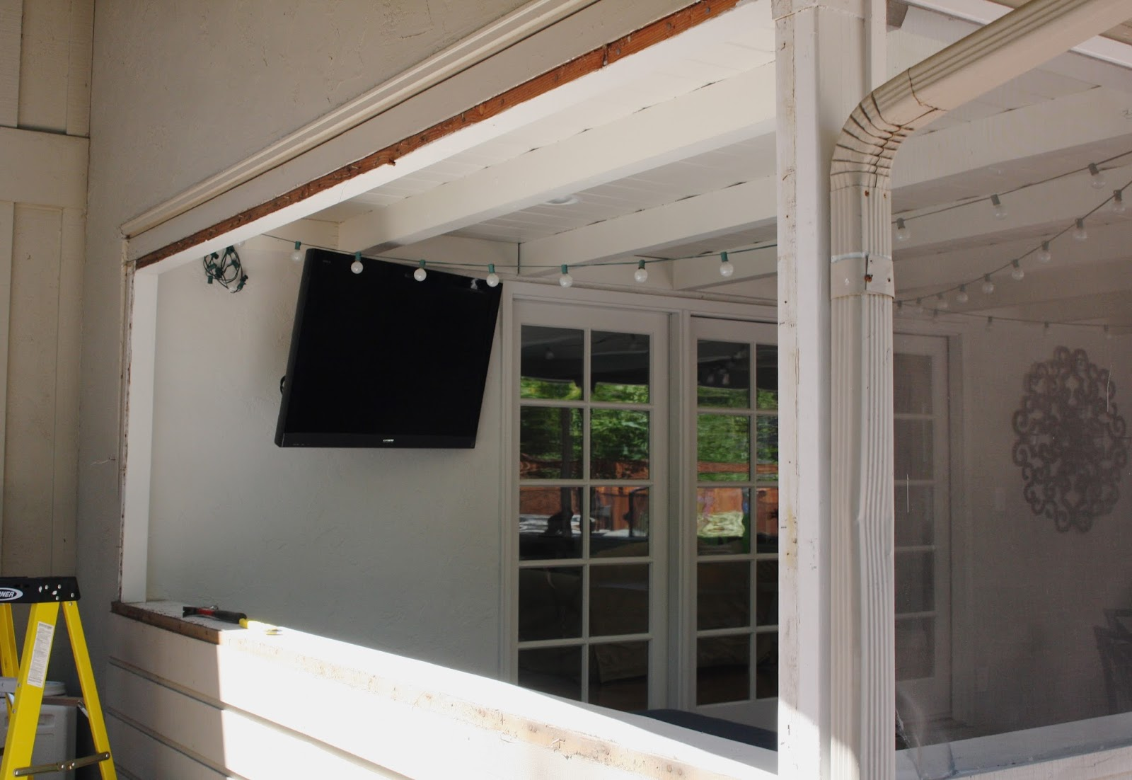 Simple Diy Replacing Screens In A Screened In Patio Simply Organized