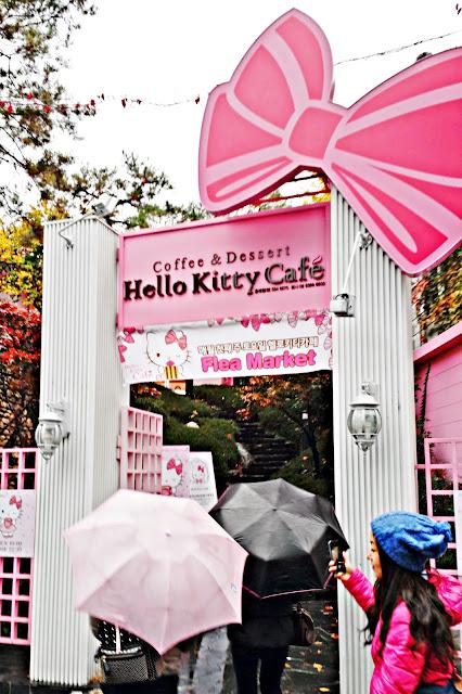 Hello Kitty Cafe (헬로키티 카페) | www.meheartseoul.blogspot.sg