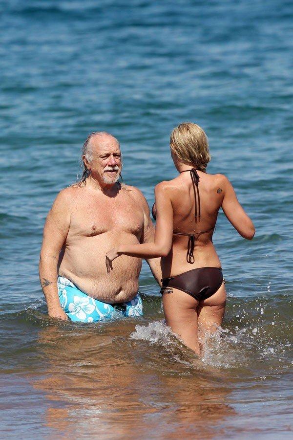 very funny beach sex