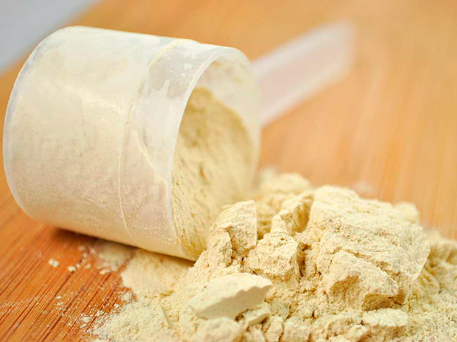 Professor Cameron esclarece mitos e verdades sobre o whey protein