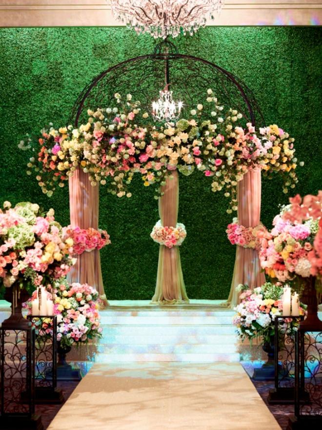 Fashion Apparel 2012 Beautiful And Romantic Wedding Ceremony Venue